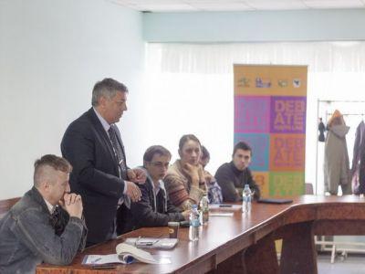 Відбулося перше засідання наглядової ради проекту «Дебатна молодіжна ліга»